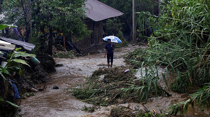 Meksika'da fırtına can aldı: En az 40 ölü