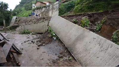 Mexique: au moins 38 morts dans les glissements de terrain causés par la tempête Earl