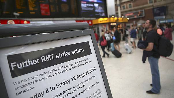 El sur de Londres afronta 5 días de huelga de conductores de tren