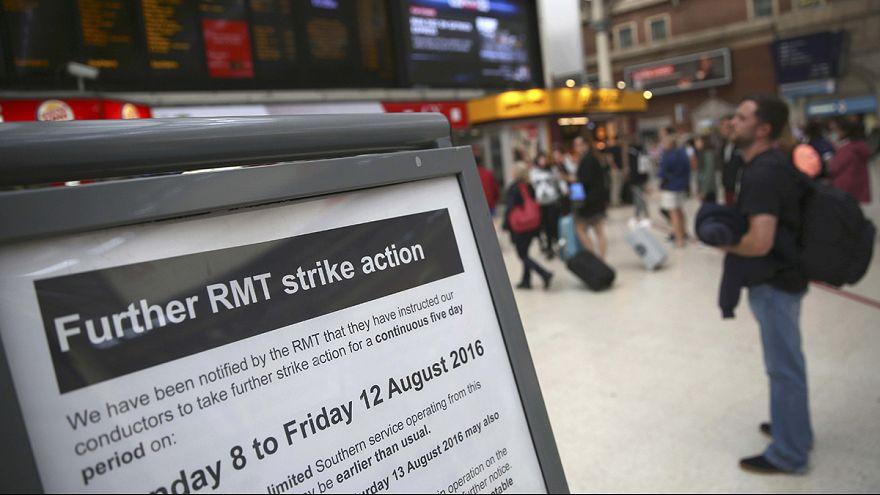 Regno Unito: sciopero ferroviario nel sud, durata da record
