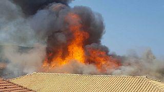 Λευκάδα: Υπό έλεγχο τέθηκε η φωτιά - Κάηκαν σπίτια