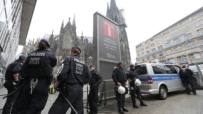 Dzsihadista toborzók ellen nyomoznak Németországban