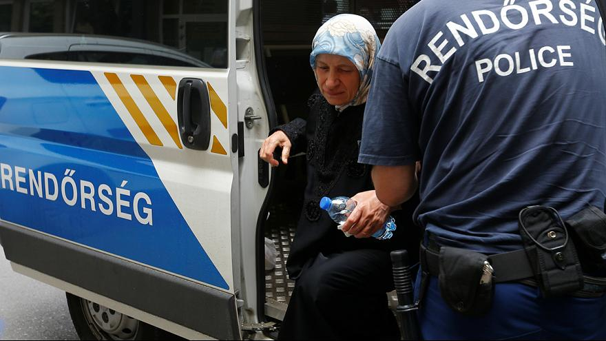 Ukrainian arrested for people smuggling in Hungary