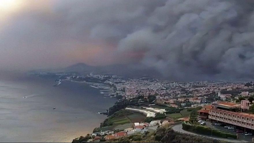 Toujours d'importants feux de forêts au Portugal