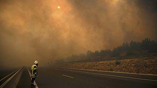 Incêndios violentos atingem França e Espanha