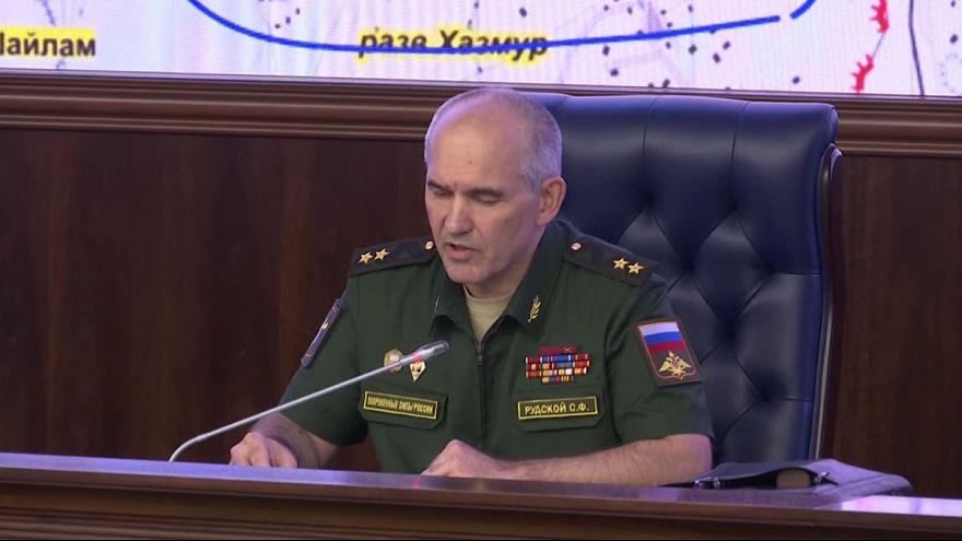 Humanitárius tűzszünetet javasol Aleppónál az orosz vezetés