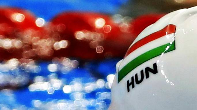 Kizárták a két magyar férfi úszóváltót a riói olimpián