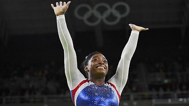 Riói olimpia: az amerikai Biles nyert az egyéni összetett női tornászversenyben