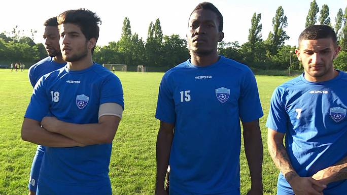 Hungarian football club helps to integrate refugees