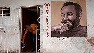 Fidel Catro köszöntésére készül Kuba