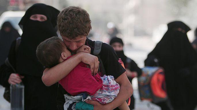 Сирия: вооружённые курдские отряды освободили Манбидж и заложников