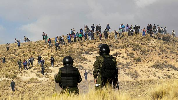 Clashes erupt in Bolivia