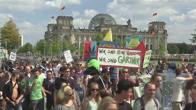 Marihuána-tüntetés Berlinben
