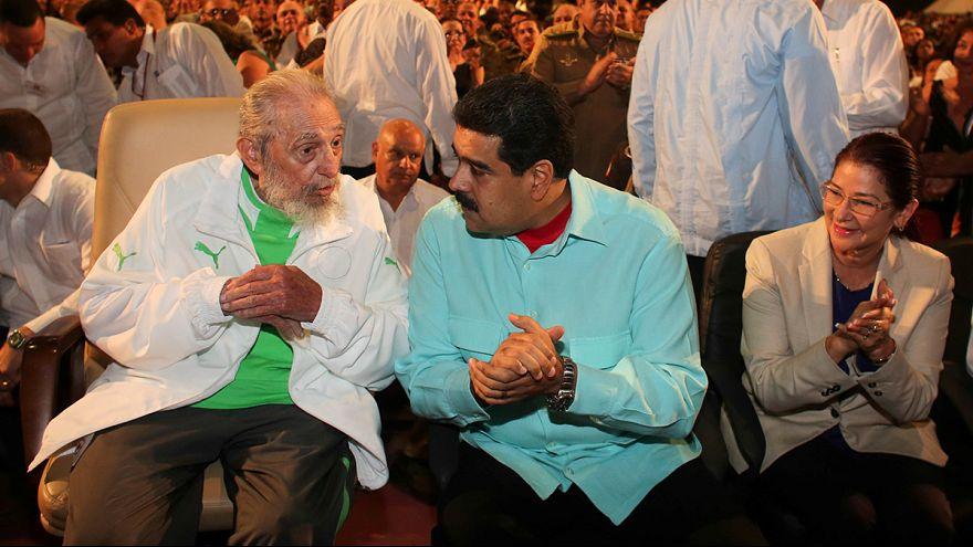 Κούβα: Λαμπροί εορτασμοί για τα 90α γενέθλια του Φιντέλ