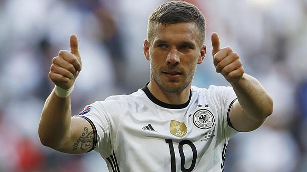 Weinen und Lachen: Die besten Tweets zu #Podolski