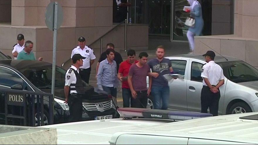 Nouvelle vague d'arrestations dans des tribunaux d'Istanbul