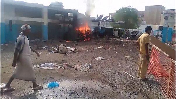Bomba csapódott egy jemeni kórházba
