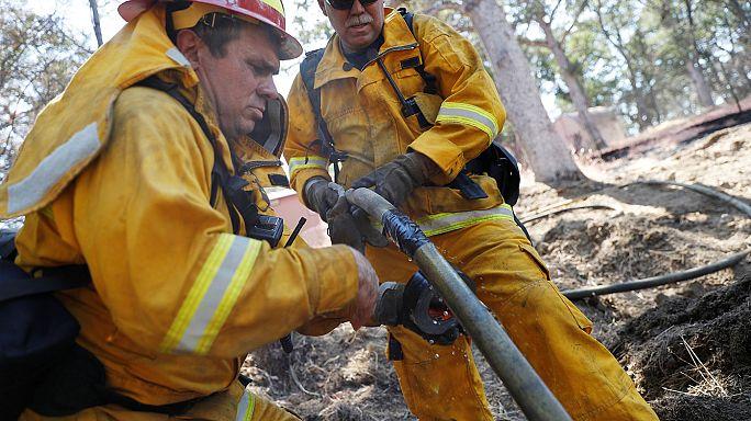 Kaliforniya yine yangınlara teslim oldu