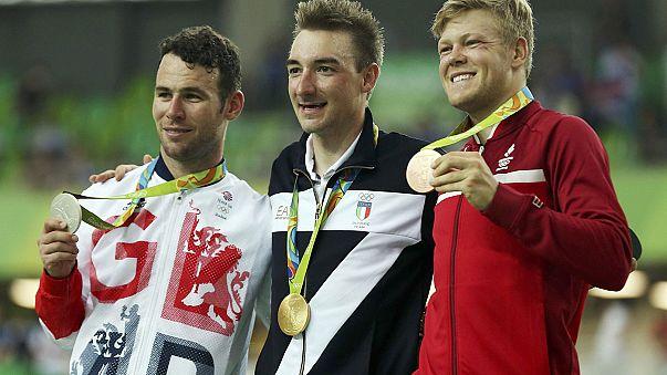 أولمبياد ريو:الدراج الايطالي ايليا فيفياني يتوج بذهبية سباق النقاط
