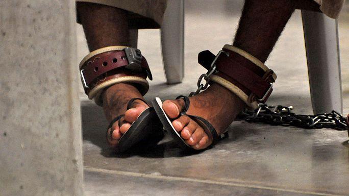 Guantanamo'da bulunan mahkumlardan 15'i BAE'ne nakledildi