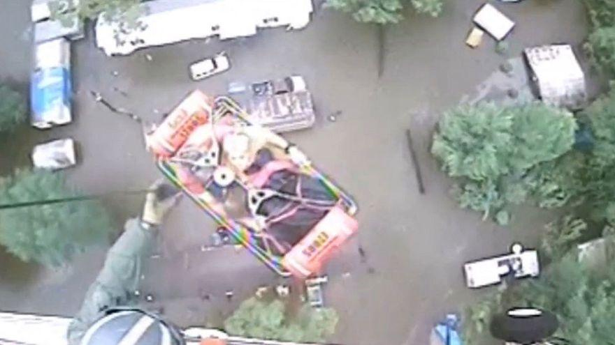 La guardia costiera statunitense impegnata nei soccorsi in Louisiana