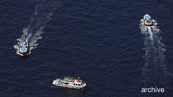 Grecia: scontro tra due barche al largo dell'isola di Egina, almeno 4 morti
