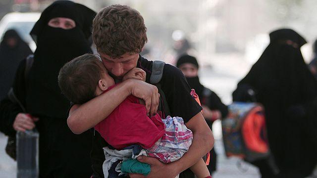 Fegyverként használják a segélyszállítmányokat Szíriában