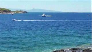 Ελλάδα: Θρήνος για την τραγωδία στην Αίγινα μετά την σύγκρουση σκαφών