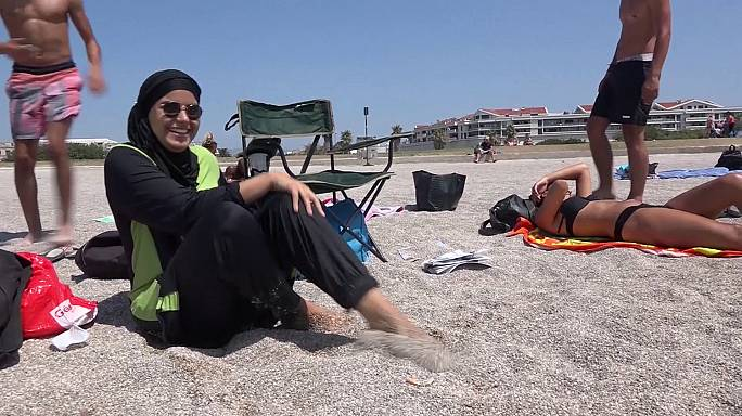France : le burkini, un faux débat ?