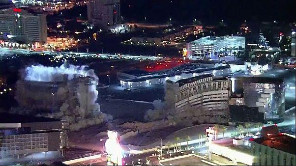 Las Vegas'ta 60 yıllık otel-kumarhane yıkıldı