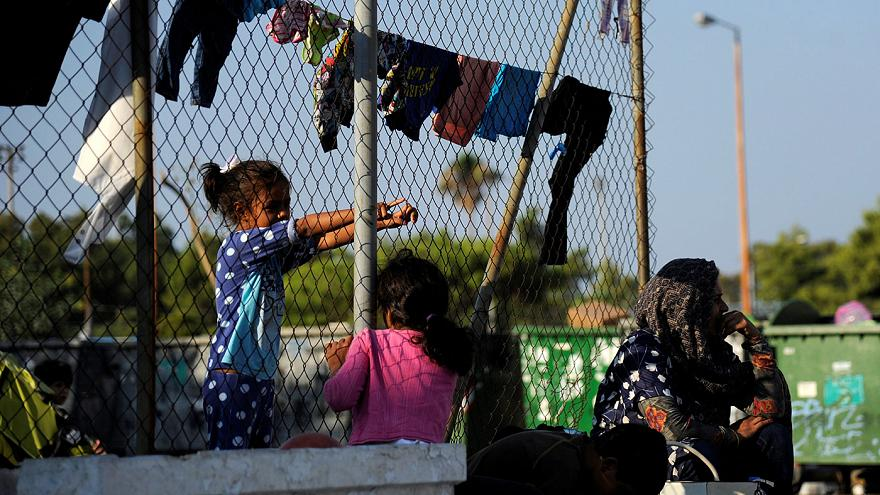 Tensions rise over EU-Turkey migrant deal