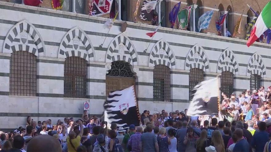 ایتالیا؛ برگزاری قدیمی ترین مسابقه سوارکاری بدون زین