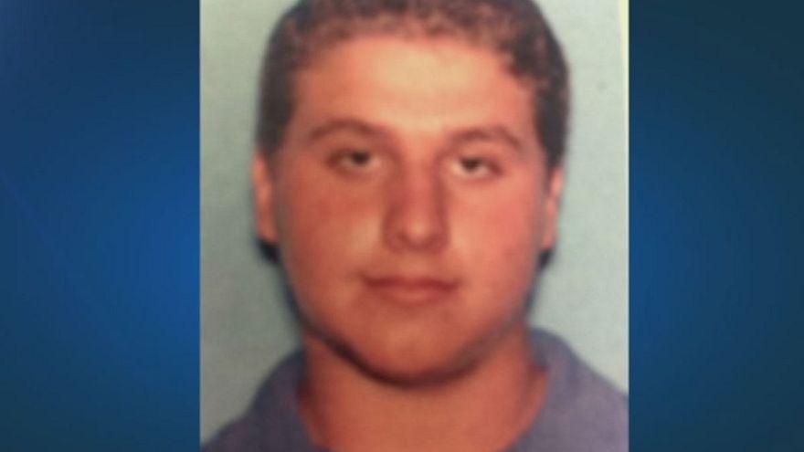 جوانی در فلوریدا پس از قتل فجیع یک زوج، صورت قربانی را به دندان گرفت