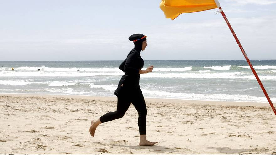 French PM backs controversial burkini beach bans