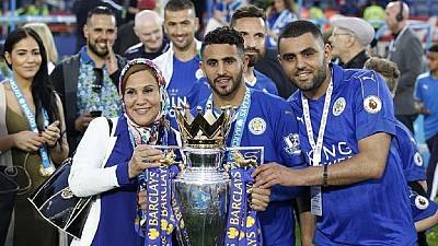 Riyad Mahrez signs new deal with Leicester