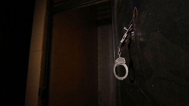 Amnistía Internacional denuncia crímenes de lesa humanidad en las cárceles sirias