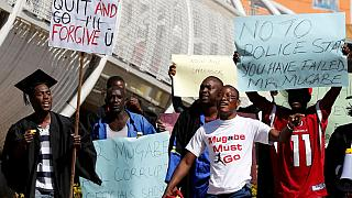 Zimbabwe : la carte bancaire pour éviter le transport de devises