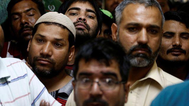 ثلاثون الف عامل آسيوي في السعودية لم يتقاضوْا رواتبهم منذ تسعة شهور