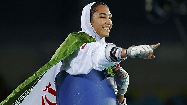 Иранская спортсменка - впервые на пьедестале Игр