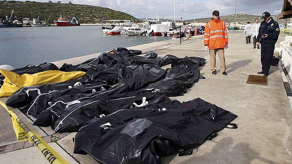 تلاش پزشکی قانونی یونان در شناسایی هویت مهاجران غرق شده در دریا