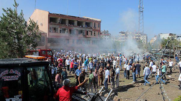 El PKK reivindica los tres atentados en el sureste de Turquía con al menos catorce muertos