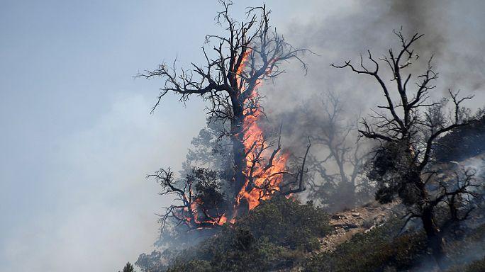 Los bomberos controlan el 26 por ciento del incendio de California
