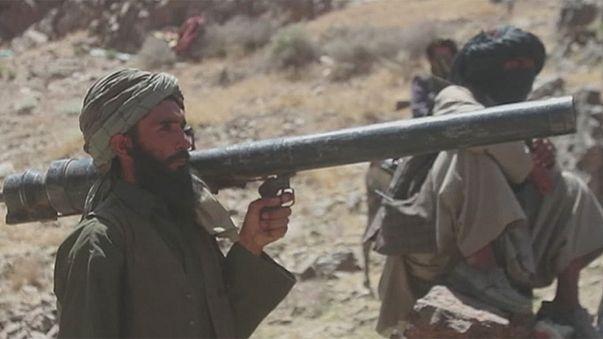 Talibãs ganham terreno no norte do Afeganistão