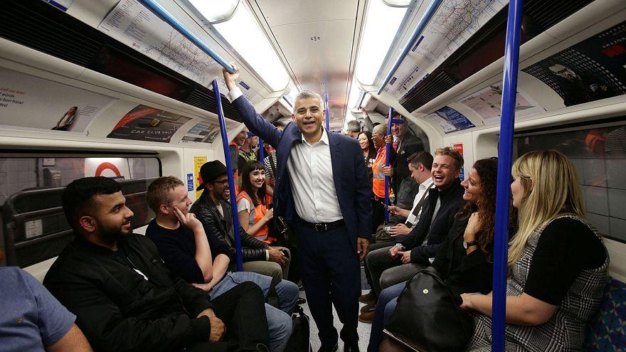Londra: notte in metrò