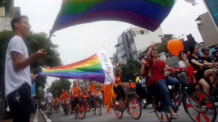 مسيرة للمثليين في فيتنام