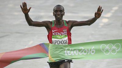 Rio 2016 : le kényan Kipchoge remporte l'or au marathon
