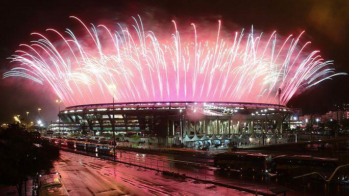 ريو دي جانيرو تودع الاولمبياد بحفل على وقع الرياح والامطار