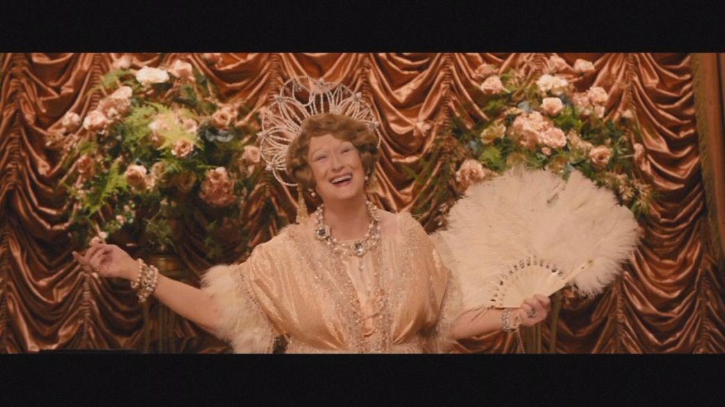 """ميريل ستريب في دور """"فلورانس فوستر جينكينز"""" المغنية المعجبة بصوتها"""
