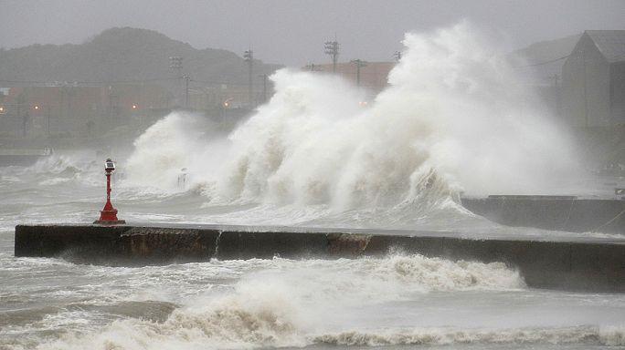 Giappone, tifone colpisce la regione di Tokyo. Almeno due morti