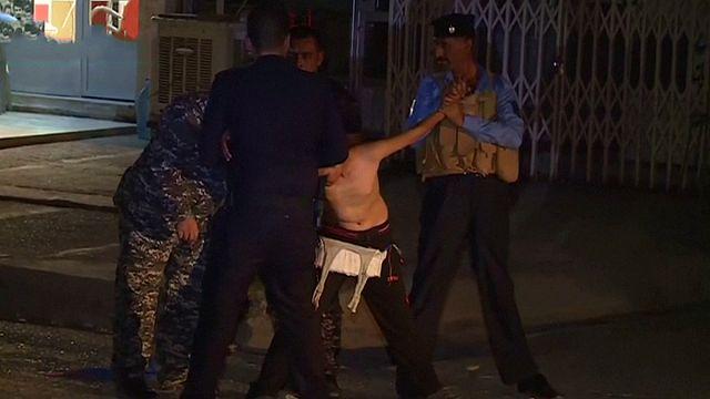 Rendőrök vágták le a bombaövet a tizenkét éves fiúról Kirkukban